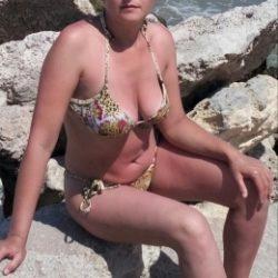 Семейная пара ищет женщину для секса без обязательств в Набереженые челны
